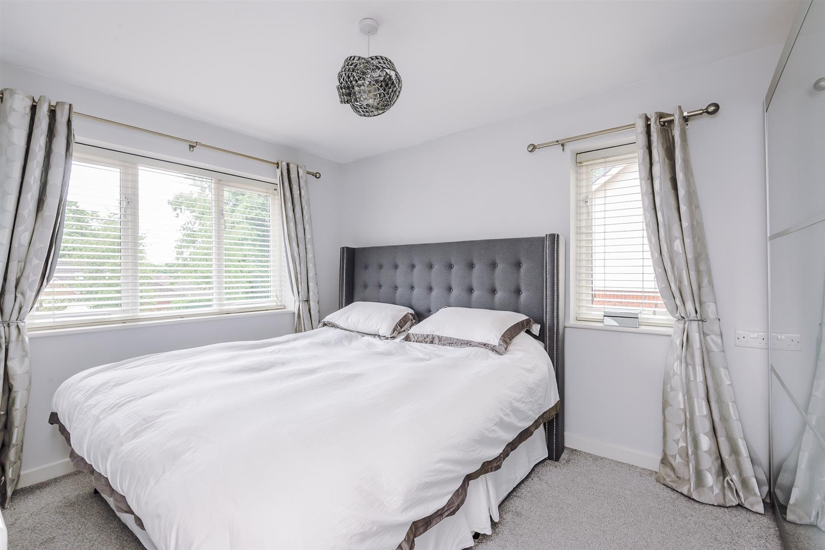 2 Bedroom Terraced House Sale Agreed Image 6